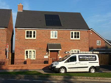 Walton Homes 1kw In Roof PV System